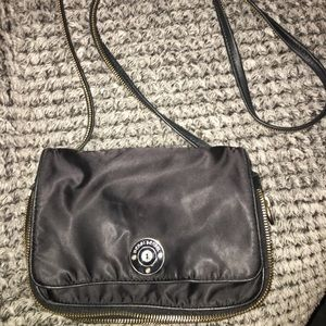Henri Bendel crossbody purse